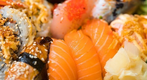 Støt lokalt – og spis hjemme i stuen